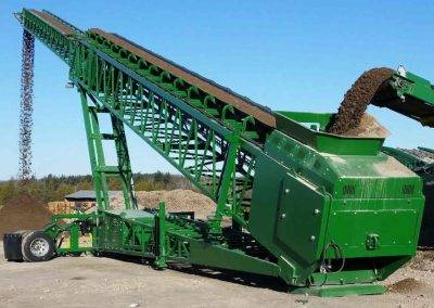 McCloskey Telescoping Stacker